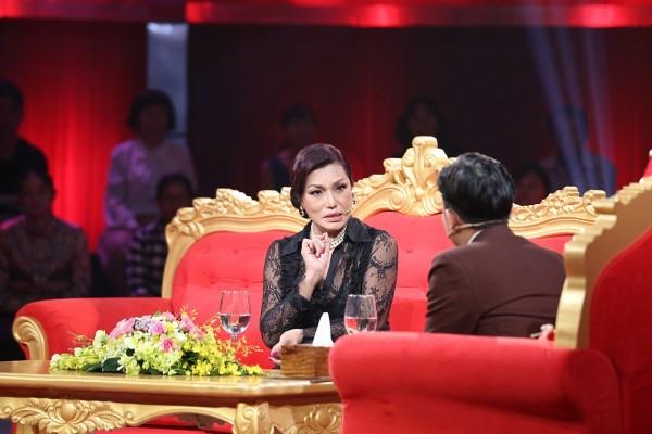 Cindy Thái Tài nghẹn ngào kể về quá khứ gồng mình làm trai