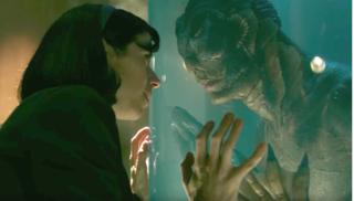 """Phim về """"lạm dụng"""" thắng siêu phẩm thủy quái tại Quả Cầu Vàng 2018"""