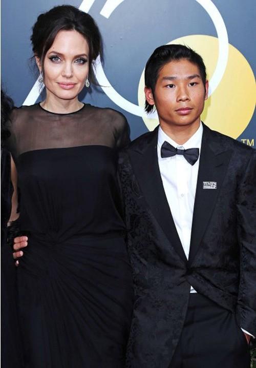 Bất ngờ với cậu con trai nuôi người Việt của Angelina Jolie 4