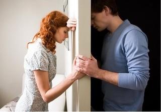Cuộc sống vợ chồng có dấu hiệu này, hôn nhân đang bên bờ vực thẳm