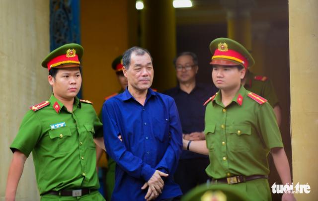 VKS đề nghị kiểm tra việc ông Trần Bắc Hà xuất cảnh đi chữa bệnh