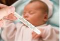 Khi trẻ bị sốt cao, mẹ chăm con như thế nào để nhanh khỏe trở lại?