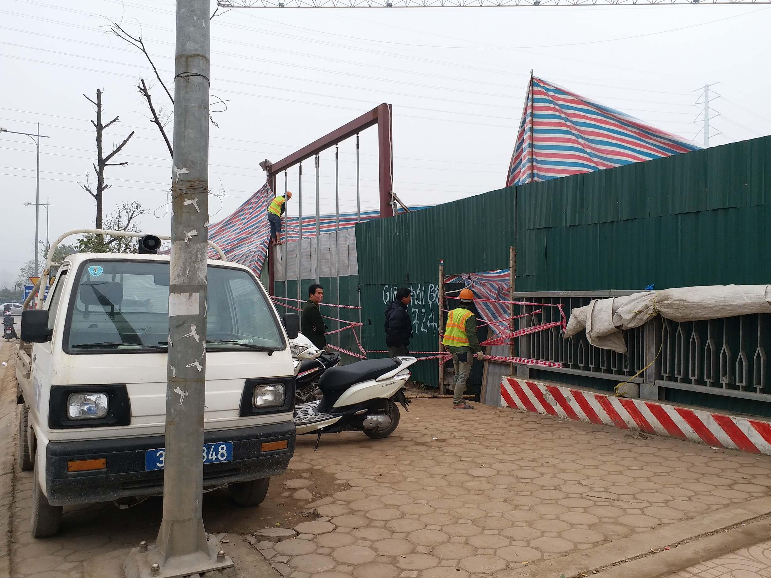 Sập giàn giáo 6 người thương vong ở Hà Nội