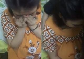 Clip: Vợ bầu vượt mặt vẫn nũng nịu khóc đòi chồng cho đi chơi