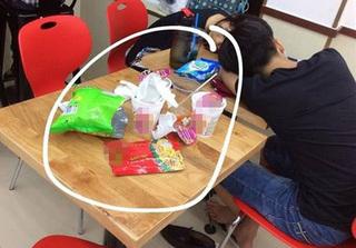 Sinh viên thuộc làu tiểu sử Jack Ma nhưng chẳng biết vứt rác vào thùng