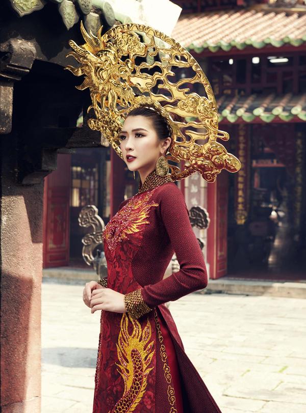 Hé lộ trang phục truyền thống của Tường Linh tại Hoa hậu Liên lục địa 2