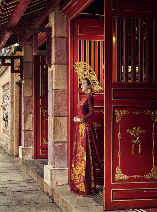 Hé lộ trang phục truyền thống của Tường Linh tại Hoa hậu Liên lục địa 4