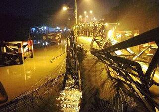 Sập cầu ở Sài Gòn: Choáng với mức án tài xế xe tải có thể nhận
