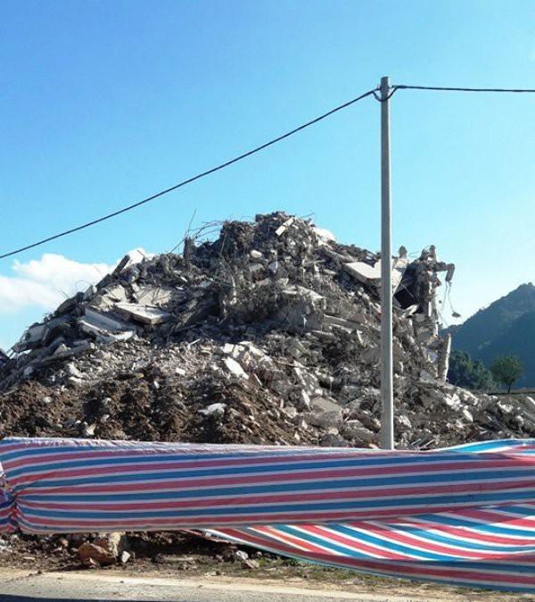 """Tòa """"Keangnam Tây Bắc"""" bị đánh sập hoàn toàn sau một tuần phá hủy 3"""