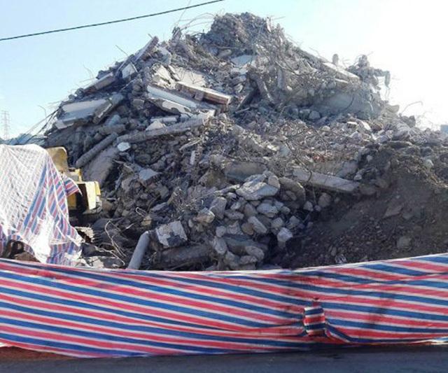 """Tòa """"Keangnam Tây Bắc"""" bị đánh sập hoàn toàn sau một tuần phá hủy 4"""