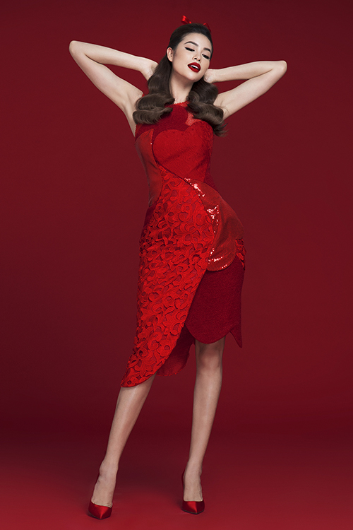 Hoa hậu Phạm Hương rực rỡ kiêu sa trong loạt đầm đỏ 6