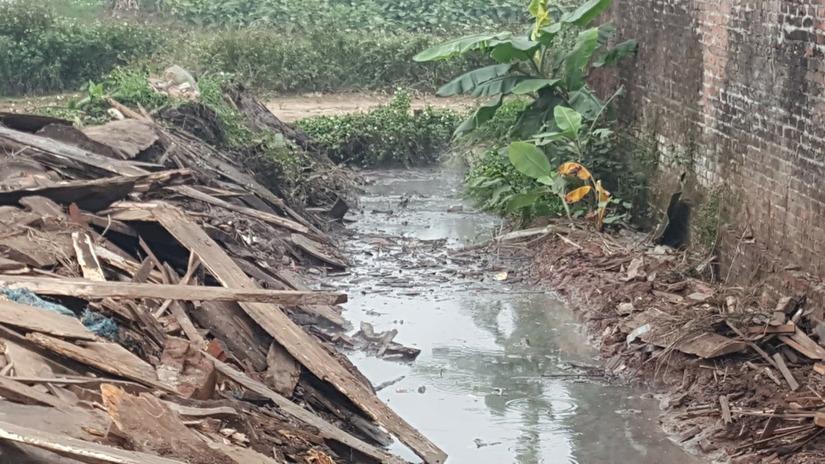Cơ sở sản xuất nước ngọt Tân Tiến Phát gây ô nhiễm 4