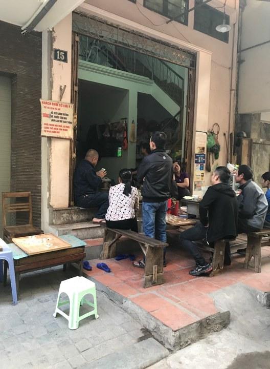 Sinh viên, dân công sở tụ tập xem trận đấu của U23 Việt Nam5