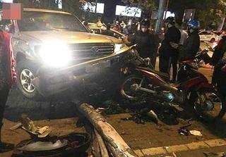 Tài xế say xỉn gây tai nạn liên hoàn trên phố ở Hà Nội bị tạm giữ hình sự
