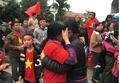 Mẹ Xuân Trường khóc nấc khi U23 Việt Nam có bàn thắng gỡ hòa