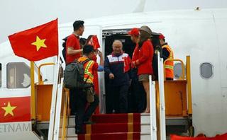 Xử phạt Vietjet Air 40 triệu đồng vụ người mẫu hở hang trên máy bay đón U23 Việt Nam