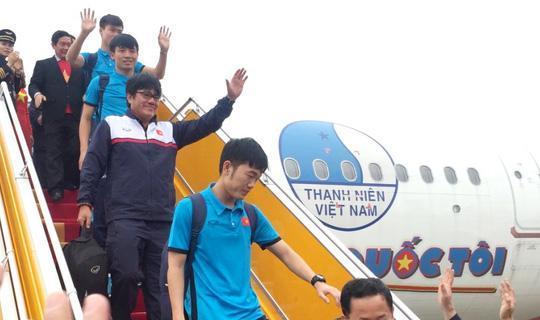 Máy bay chở U23 Việt Nam. Ảnh: NLĐ