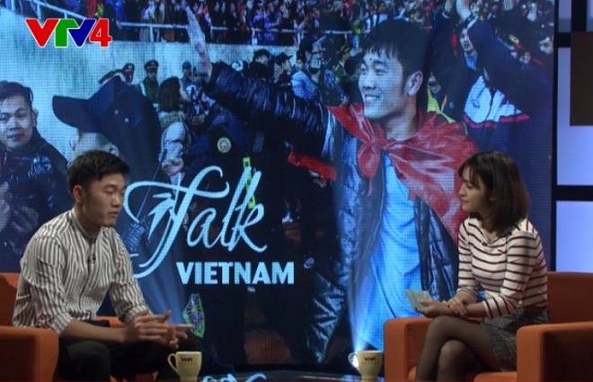 Đội trưởng U23 Việt Nam Xuân Trường nói xấu đồng đội bằng tiếng Anh trên VTV4
