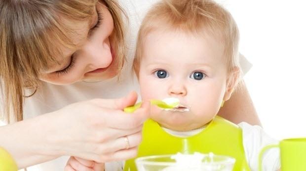 Bí kíp để trẻ không ốm vặt, sút cân trong những ngày Tết
