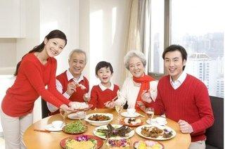 Chuyên gia dinh dưỡng mách chế độ ăn ''siêu chuẩn'' cho người cao tuổi dịp Tết