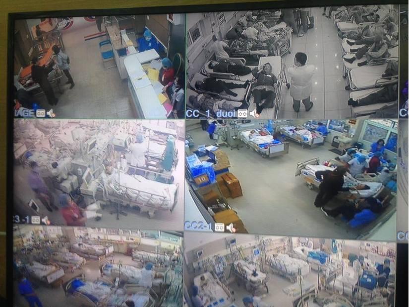 Cận Tết, Bệnh viện Bạch Mai vỡ trận, bác sĩ kiệt sức vì cấp cứu