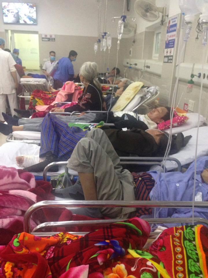 Cận Tết, Bệnh viện Bạch Mai vỡ trận, bác sĩ kiệt sức vì cấp cứu 6