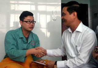 Thông tin mới nhất vụ hai bác sỹ ở Yên Bái bị người nhà sản phụ hành hung dã man