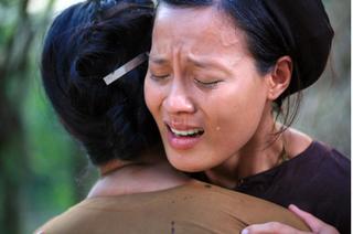 Nữ chính Thương nhớ ở ai: Tôi sốc khi bị Trà My tát và chửi tục giữa phim trường