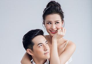 Xem Đông Nhi làm clip kỉ niệm 9 năm yêu nhau với Ông Cao Thắng