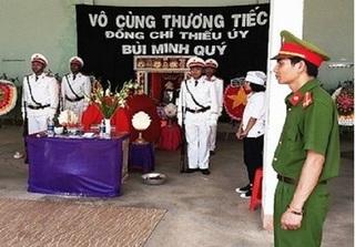 Nhói lòng tiễn biệt chiến sĩ công an hi sinh ở Gia Lai