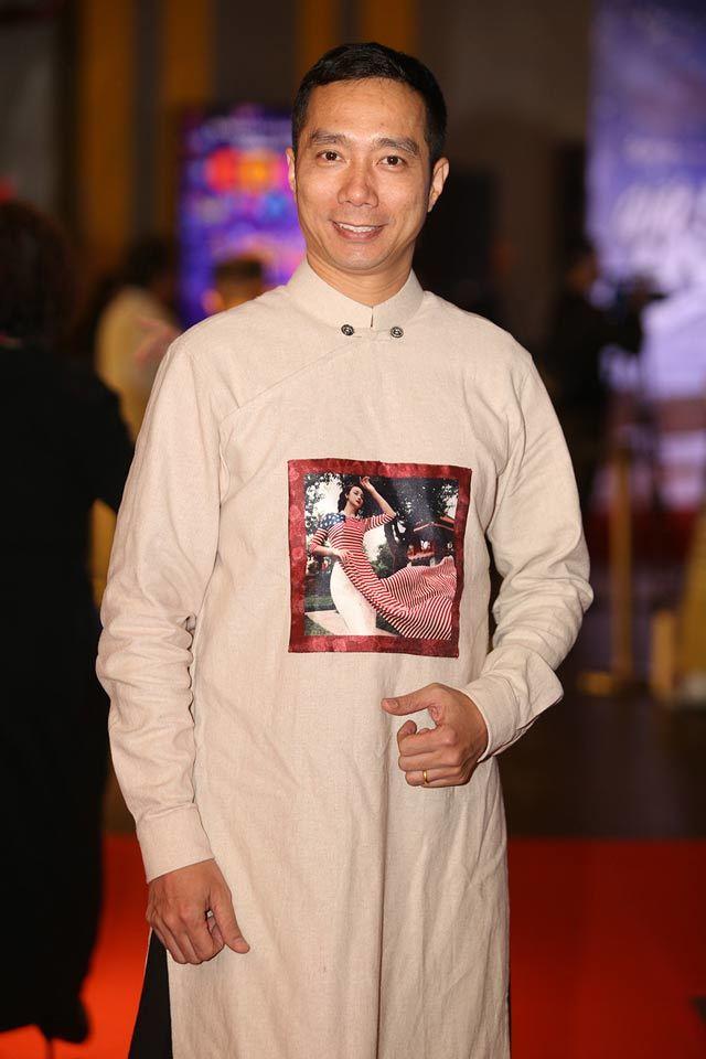 Đỗ Trịnh Hoài Nam được bình chọn là nhà thiết kế áo dài của năm