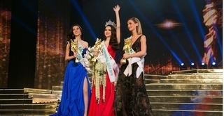 Câu trả lời ứng xử thông minh giúp Hương Giang đăng quang Hoa hậu Chuyển giới Quốc tế 2018