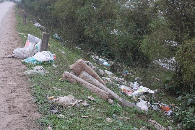 Nam Định: Chùm ảnh rác thải gây mất vệ sinh tại Ý Yên