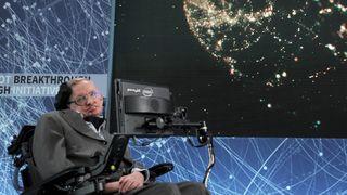 Nhà khoa học Stephen Hawking và những dự đoán tương lai nhân loại
