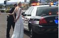 Cô dâu 'nhọ' nhất thế giới: Bị bắt trên đường tới đám cưới
