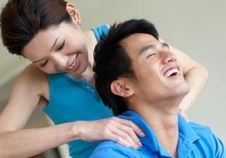 Gạt bỏ công việc áp lực, khi về nhà vợ hãy làm điều này để được chồng yêu hơn