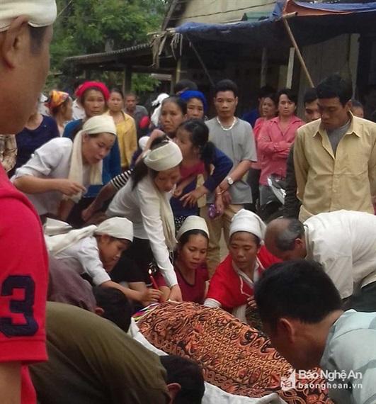 thai phụ tử vong do thầy lang phá thai bằng que nứa ở Nghệ An