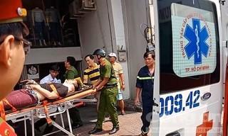 Thanh niên đi thang máy bị kẹp cổ nguy kịch ở Sài Gòn