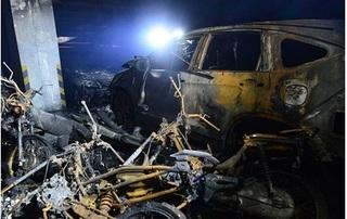 Ai đền bù thiệt hại hàng trăm ô tô, xe máy bị thiêu sau vụ cháy chung cư?