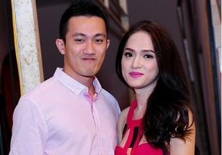 Hoa hậu Hương Giang lần đầu nói về tin đồn chia tay Criss Lai vì không sinh được con