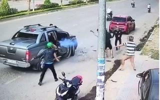 Hai băng nhóm đi ô tô, nổ súng 'thanh toán' nhau như phim hành động