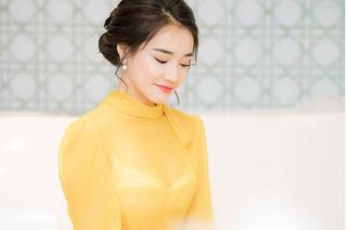 Sau scandal Trường Giang-Nam Em, Nhã Phương ngày càng sexy hở bạo