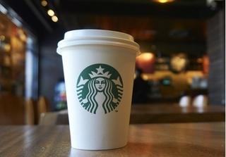 Tòa buộc Starbucks phải dán nhãn cảnh báo ung thư
