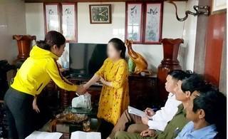Phụ huynh xin lỗi nữ giáo sinh bị đánh suýt sảy thai