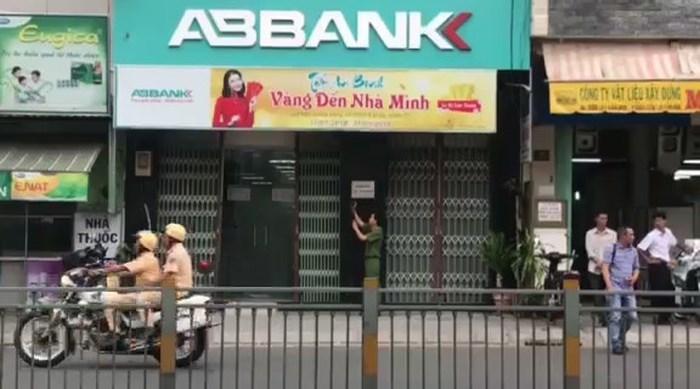 Truy nã đối tượng cuối cùng trong vụ cướp ngân hàng ở Sài Gòn