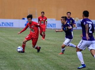 HLV CLB HAGL nói gì khi đội nhà để thua đậm trước Hà Nội FC?