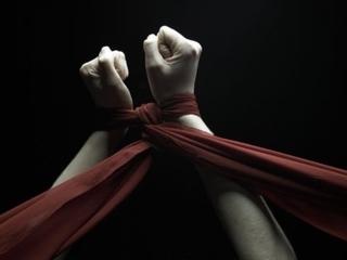 'Khổ nhục kế' của cô con gái hòng đoạt 1,8 tỷ tiền chuộc bắt cóc từ bố mẹ