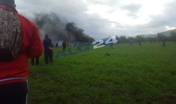 Rơi máy bay tại Algeria, ít nhất 100 người thiệt mạng