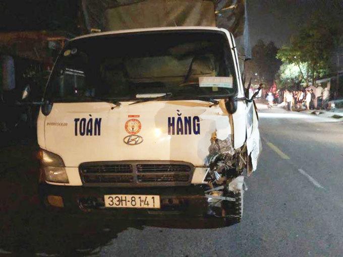 Hải Dương: Va chạm với xe tải, người đàn ông tử vong tại chỗ