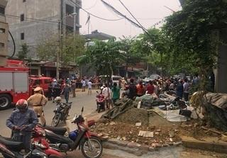 Lào Cai: Sập taluy, 3 người đào móng nhà bị đất vùi lấp tử vong